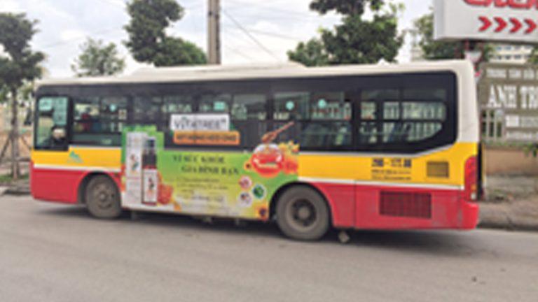 Quảng Cáo Tràn Kính Xe Bus Tại Ninh Thuận